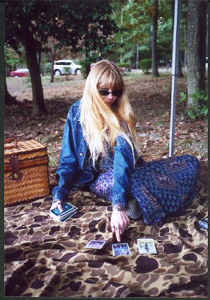 Clairvoyant psychic reader and divination specialist Lady Passion using Tarot cards to give a divination and clairvoyant psychic reading